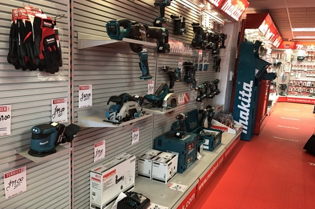 Buy your tools from Terrier Tools Wrexham Online Store and get 10% off when you spend £50 or more